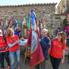 "SANT MEDIR arribada de la bandera a sant Medir • <a style=""font-size:0.8em;"" href=""http://www.flickr.com/photos/51371634@N05/46545102544/"" target=""_blank"">View on Flickr</a>"
