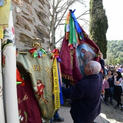 "SANT MEDIR arribada de la bandera a sant Medir • <a style=""font-size:0.8em;"" href=""http://www.flickr.com/photos/51371634@N05/46545101464/"" target=""_blank"">View on Flickr</a>"